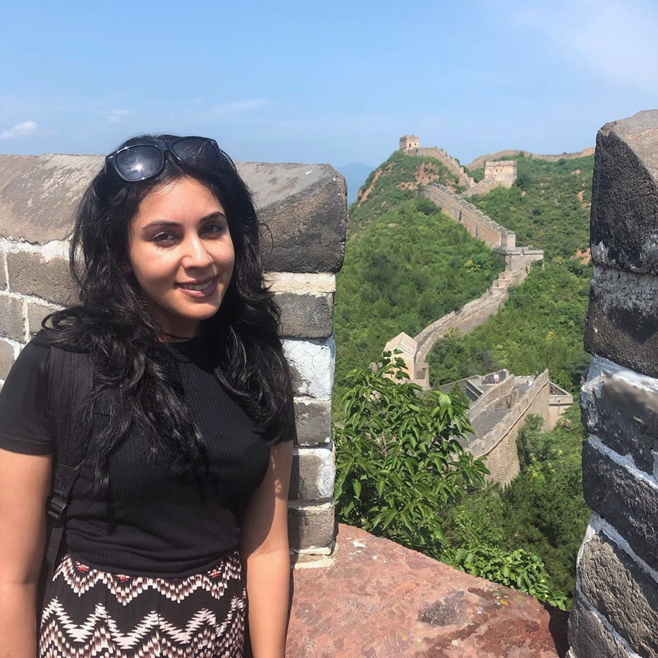 Trip to the Great Wall for camp counsellors in Chengde