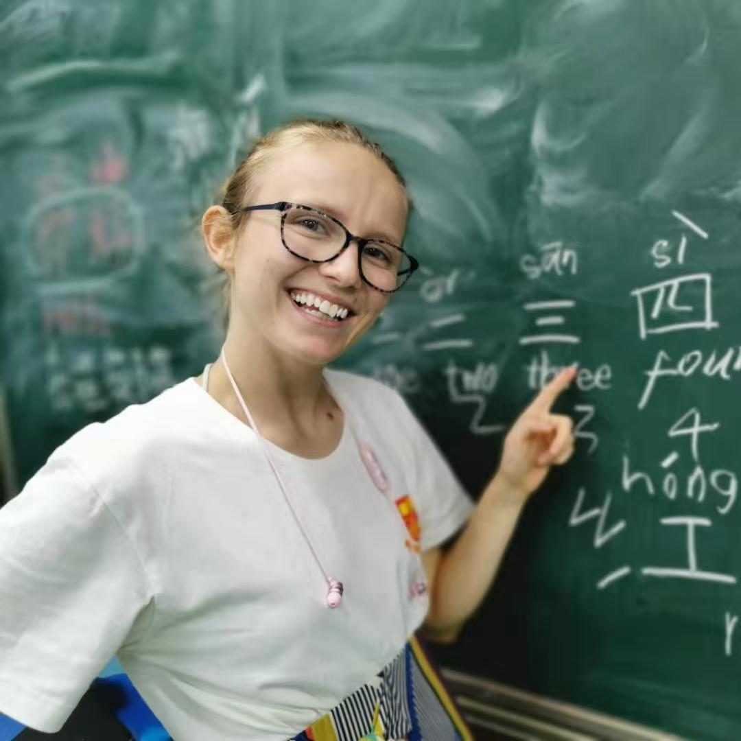 Free Chinese classes for summer camp and homestay participants