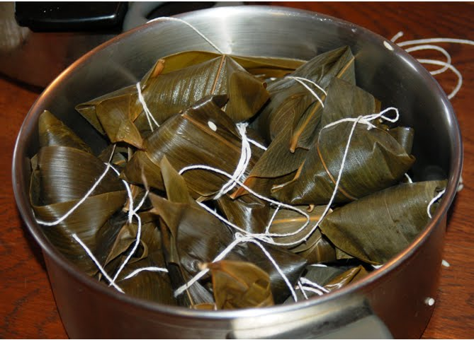 Boil the zongzi